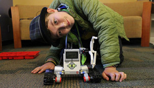 RoboBuilders AM: Robotics for Ages 8-9